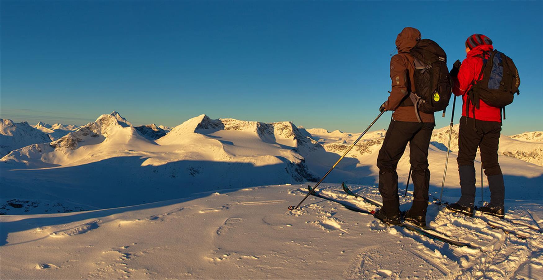 Thumbnail for Spring skiing at Valdresflye