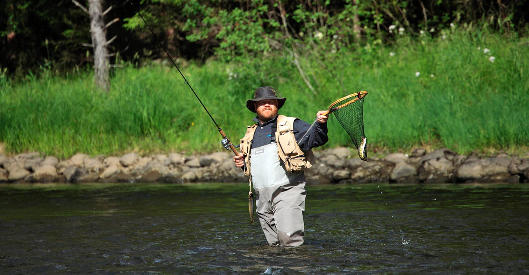 Fly fishing in the River Begna.
