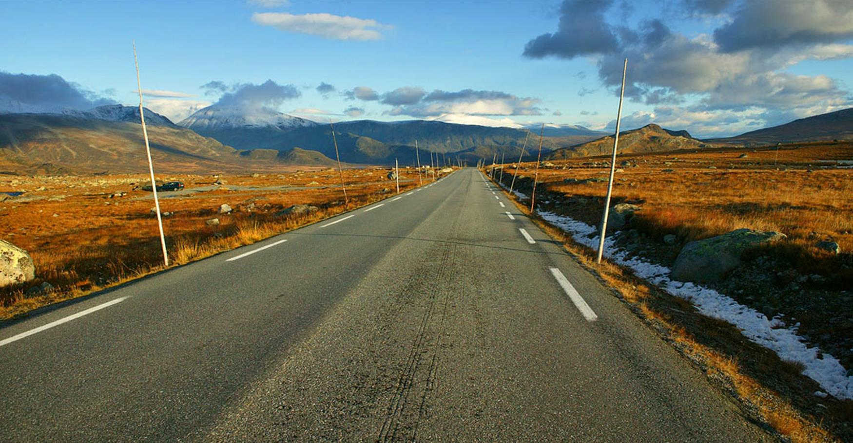 The National Tourist Route over the high mountain plateau Valdresflye.