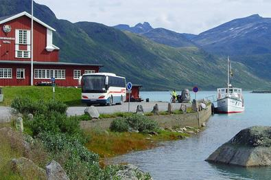 Daytrip with bus and boat to Jotunheimen.