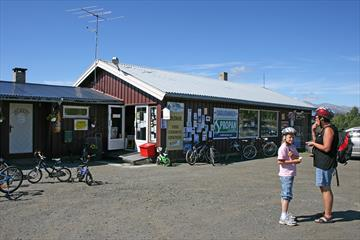 Langestølen convenient store and café