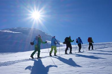 Guided mountain tours in Jotunheimen
